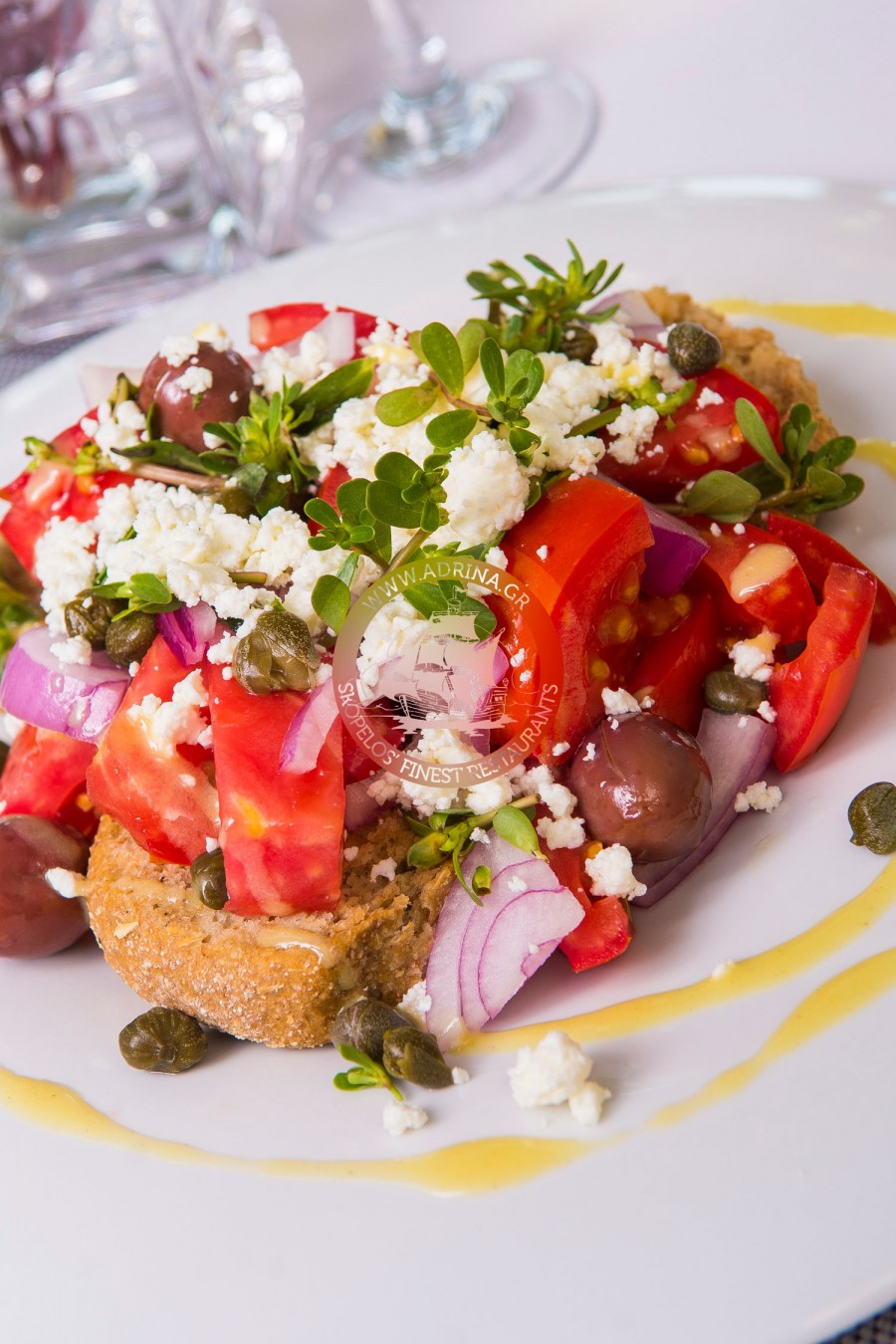 Salad with feta and dakos